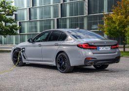 BMW 545e Hybride rechageable electrique 2020