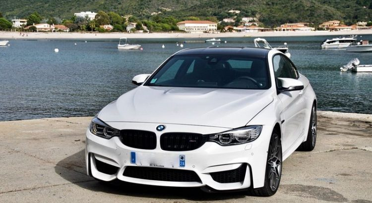 bmw-m4-pack-competition