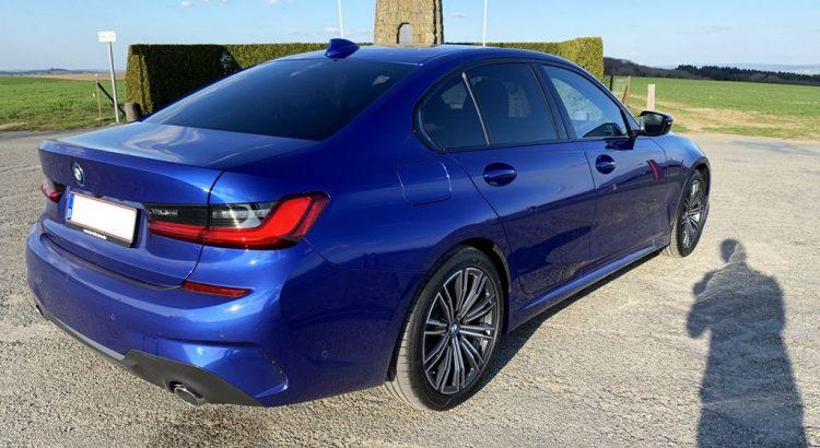 BMW Serie 3 G20 Blau Bleu