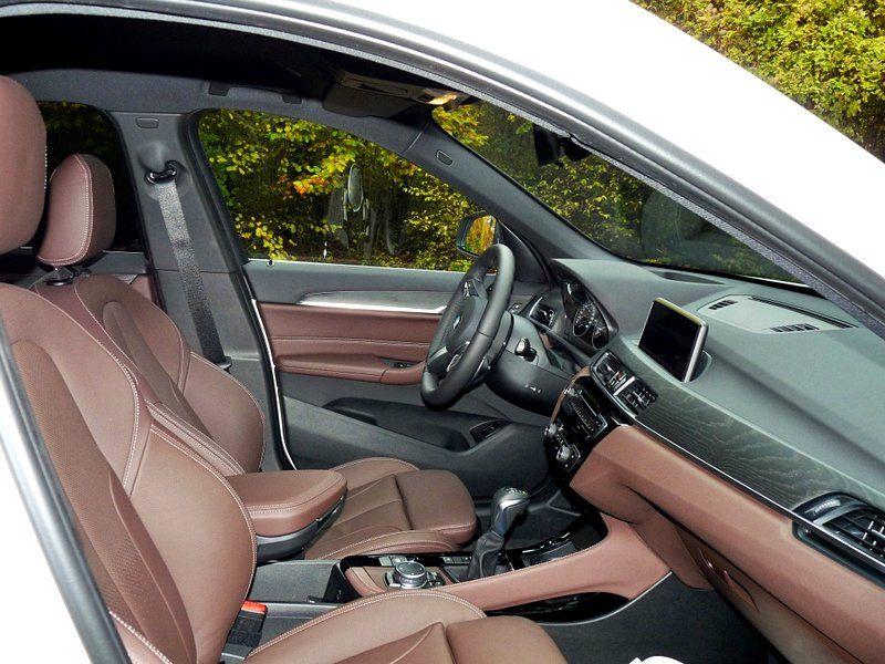 BMW-X1-20d-2015-F48-xLine-intérieur-Mocca-