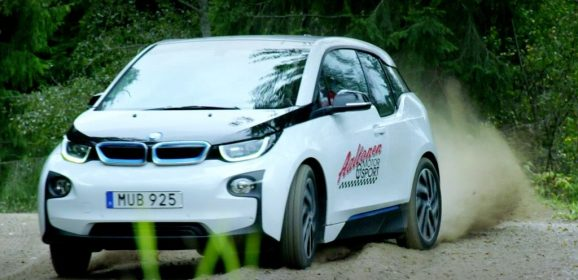 Drifter en BMW i3 ? C'est possible !