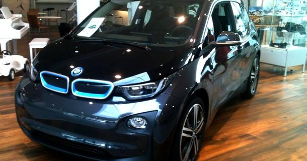 La i3 chez BMW Vélizy